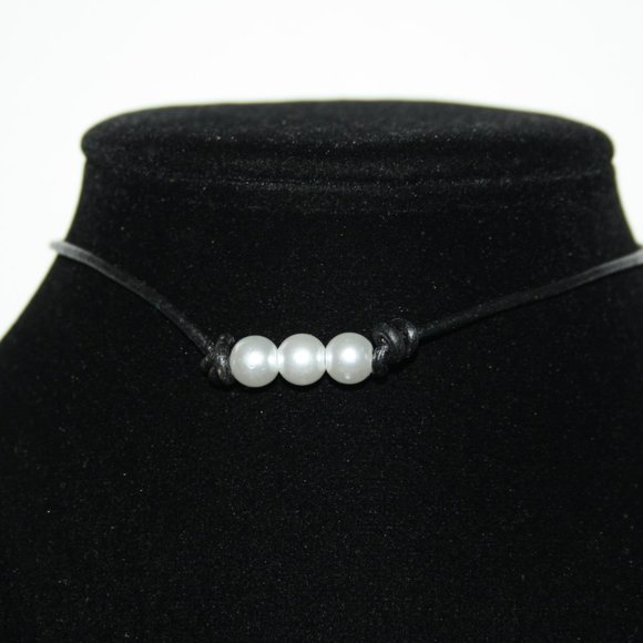 """12"""" choker black and pearl necklace"""